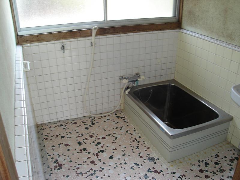 バスルーム施工前